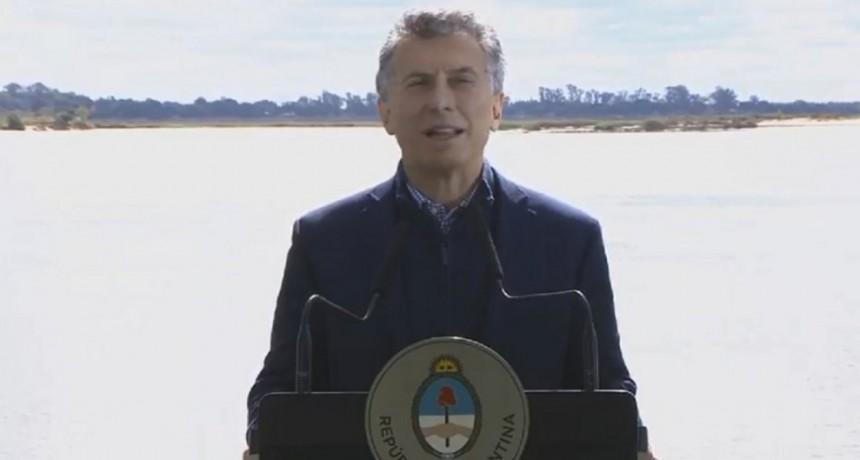 Macri felicitó a los diputados por la media sanción a la legalización del aborto