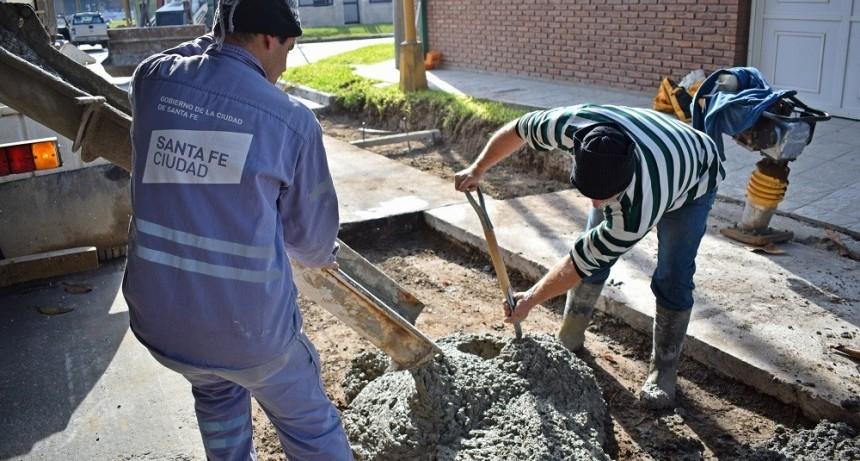 Avanza la obra de Pavimentación y Obras Complementarias de calle Vélez Sarsfield