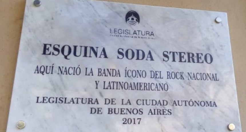 Reemplazaron la placa de Soda Stereo