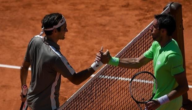 Mayer no pudo contra el talento de Federer