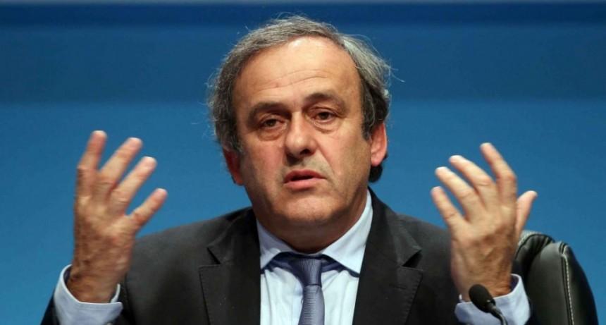 Tras casi un día detenido, liberaron a Michel Platini