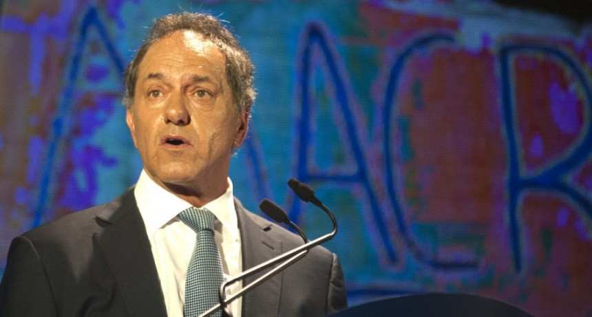 Scioli bajó su candidatura presidencial