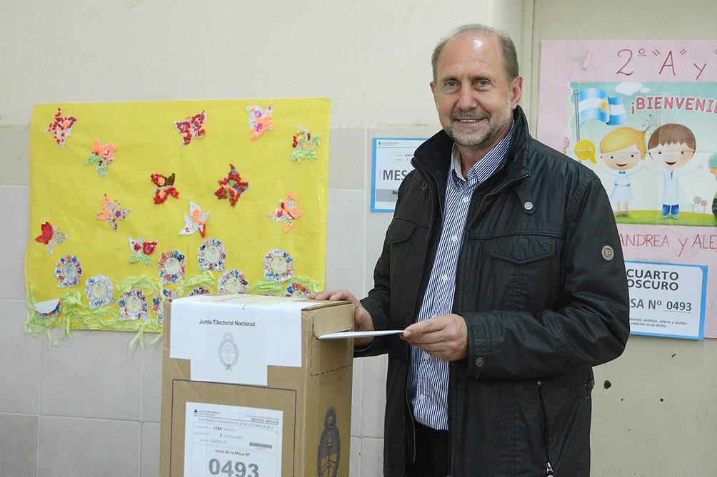 Ganó Omar Perotti y el peronismo recuperó la provincia de Santa Fe