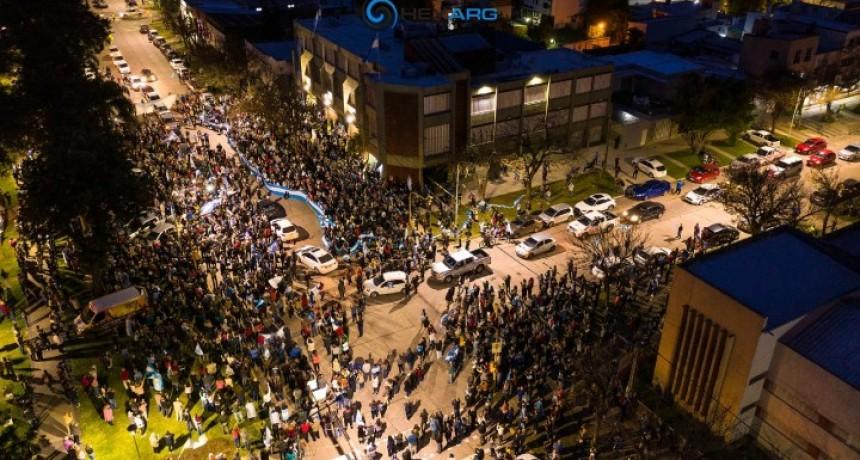 Pueblada en Avellaneda y Reconquista por la intervención de Vicentín