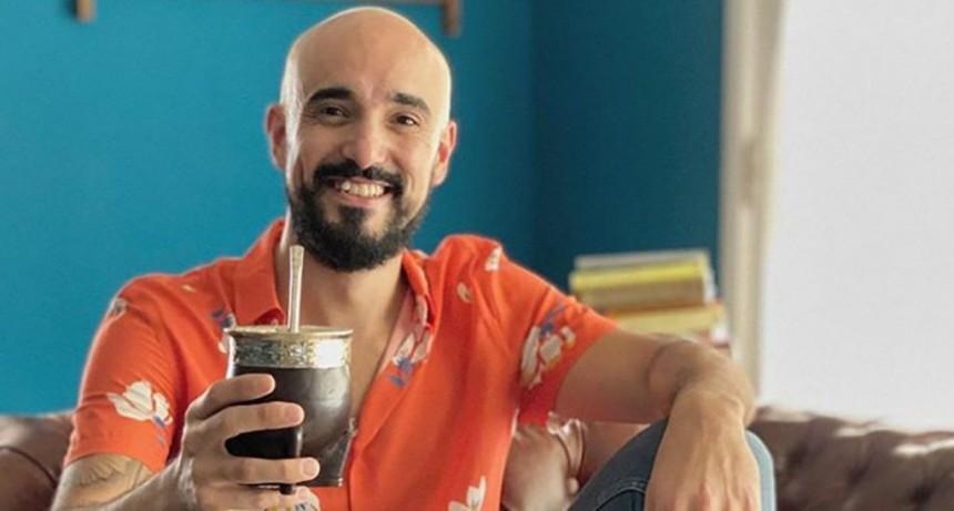 Un papá feliz: Abel Pintos confirmó el sexo y el nombre de su bebé