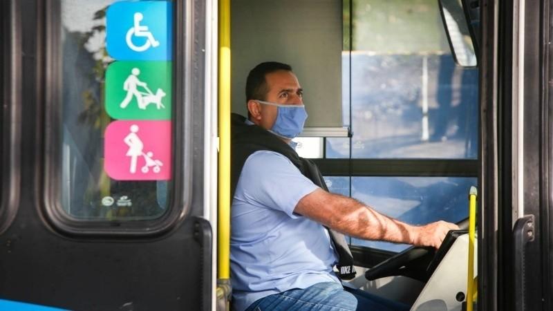 Transporte: choferes esperan respuestas y por ahora mantienen el servicio