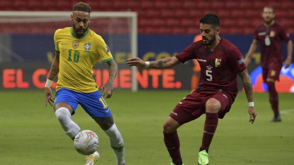 Brasil debutó con una victoria ante Venezuela