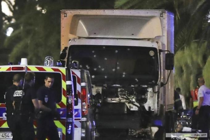 Mas de 80 muertos por el atentado en Niza