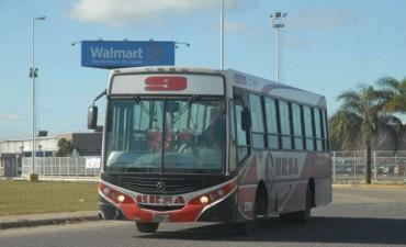 Transporte público: desvíos de colectivos por trabajos de ASSA debajo del Viaducto Oroño