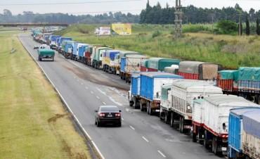 Los transportistas llegaron a un acuerdo y levantaron el paro