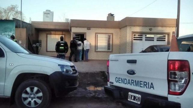 Gendarmería realizó 16 allanamientos en simultáneo y detuvo a 7 personas