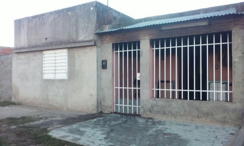 Se incendió una vivienda en barrio Santa Rosa De Lima