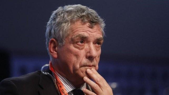 Detuvieron al presidente de la Federación Española de Fútbol y a su hijo, ex director de Conmebol