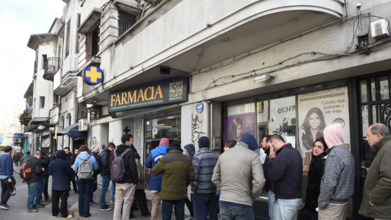 Se agotó la marihuana en el primer día de ventas en Montevideo
