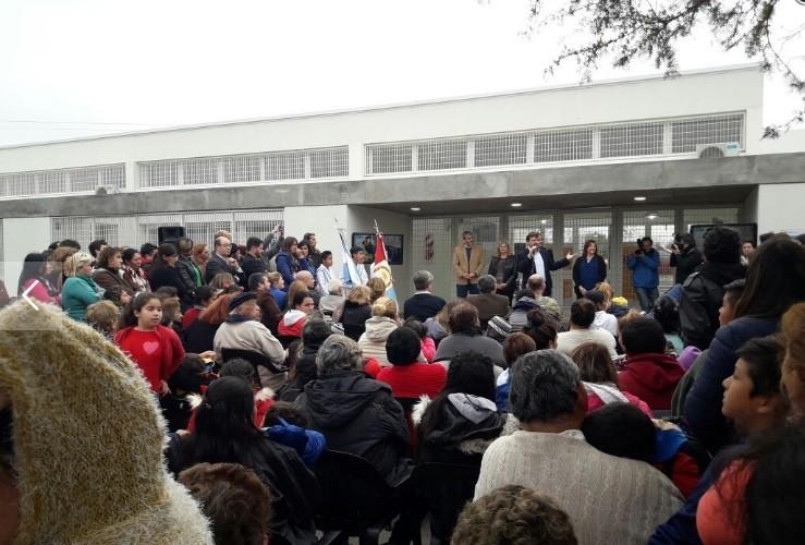 Corral inauguró el Jardín Municipal de Alto Verde
