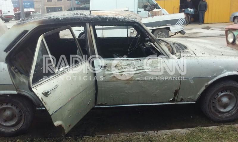 Incendiaron un camión y un auto en la ciudad de Santa Fe