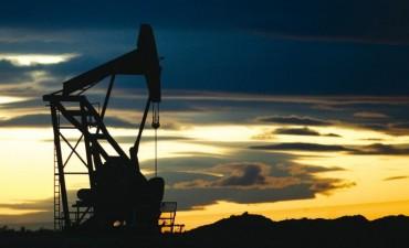 Sigue cayendo la producción de gas y petróleo