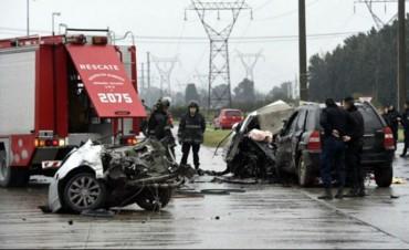 Dos muertos en un impactante accidente en Rosario