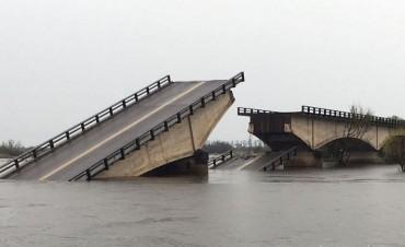 Un cuerpo fue hallado cerca del puente roto de Corrientes