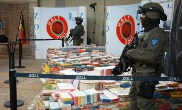 Decomisan cargamento récord de drogas procedente de Latinoamérica