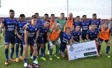 Unión goleó 4 a 0 a Huracán de Villa Ocampo por la Copa Santa Fe