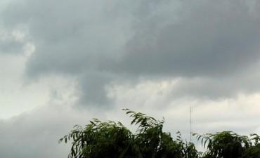 Martes con probabilidades de lluvia en la ciudad