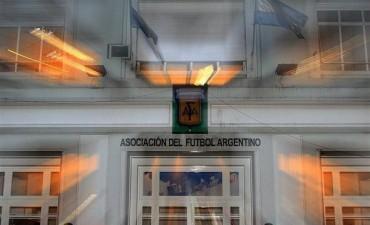 La AFA y la Superliga firmaron convenio de coordinación para el nuevo torneo