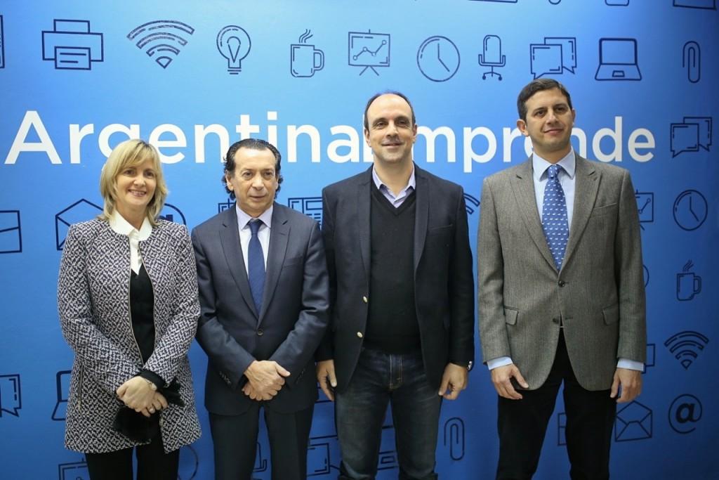 Dante Sica y José Corral recorrieron el Club de Emprendedores de Santa Fe Activa