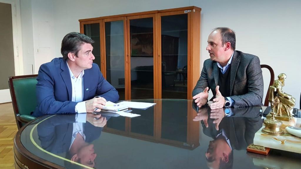 José Corral se reunió con el ministro de Energía de la Nación