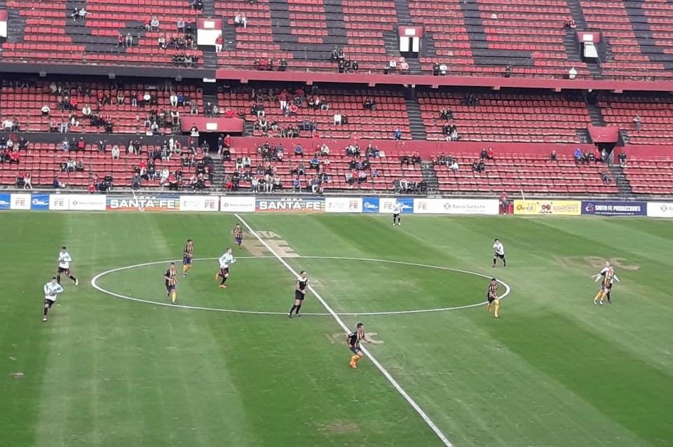 Colón empató con Rosario Central por Copa Santa Fe