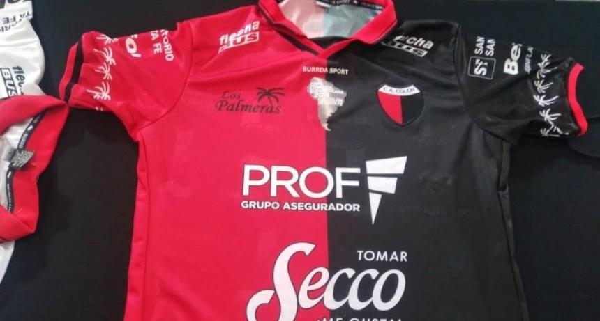 Colón presentó sus nuevas camisetas