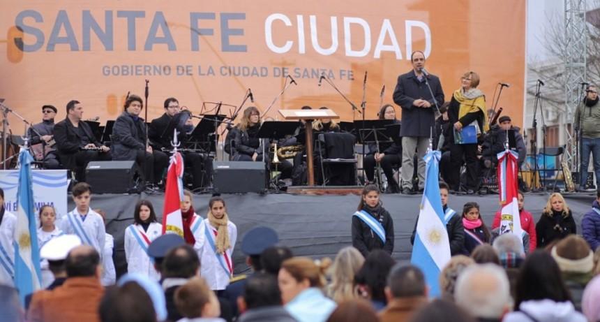 Corral participó de los festejos del 9 de Julio en Aristóbulo del Valle