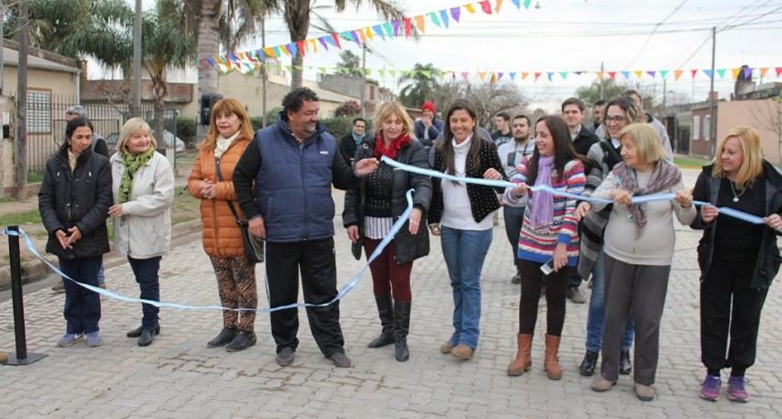 Barrio Belgrano se transforma y suma cuadras con pavimento articulado