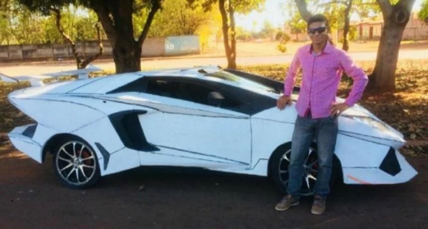 Transformó a su Fiat Uno en un Lamborghini