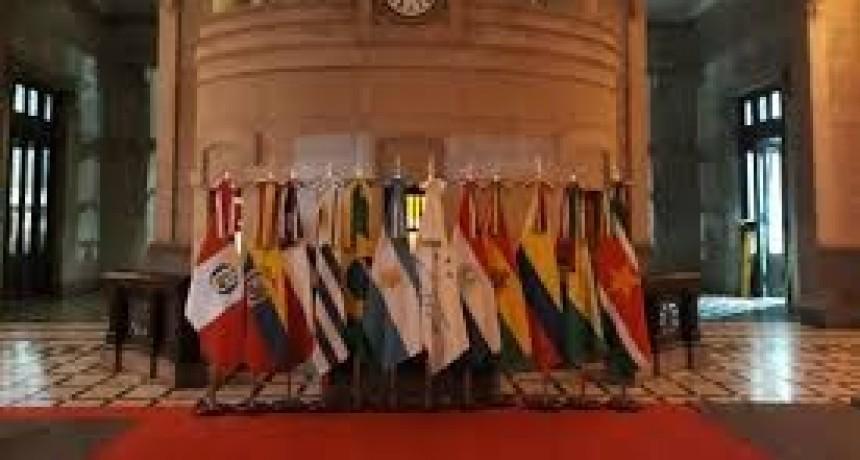 Santa Fe, Se reúne el Mercosur y anuncia que elimina el roaming al viajar