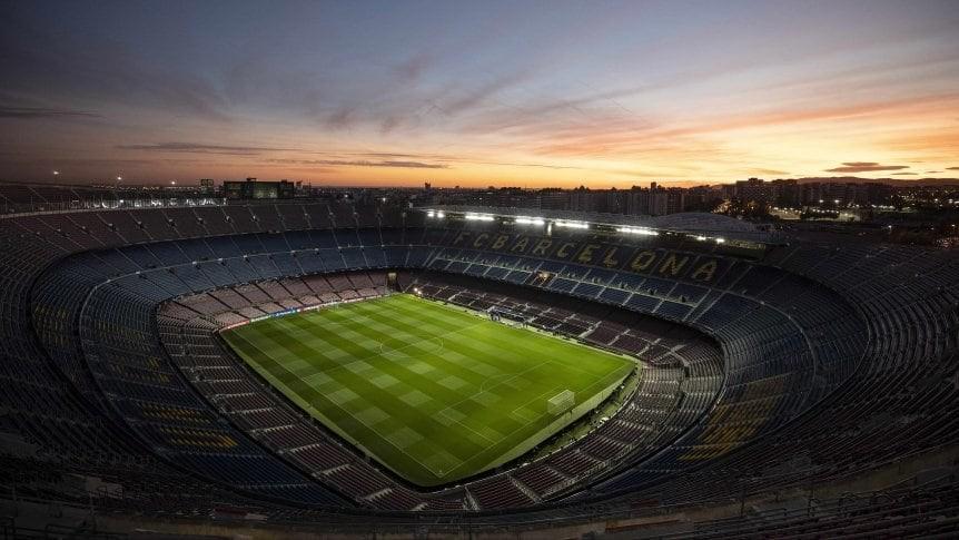 En España no volverá el público a los estadios de fútbol esta temporada