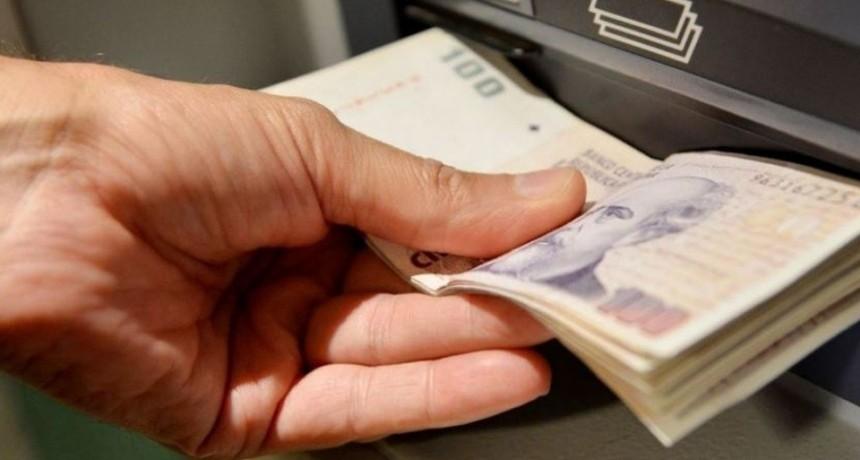 Garantizan la disponibilidad de billetes en los cajeros automáticos para el fin de semana largo
