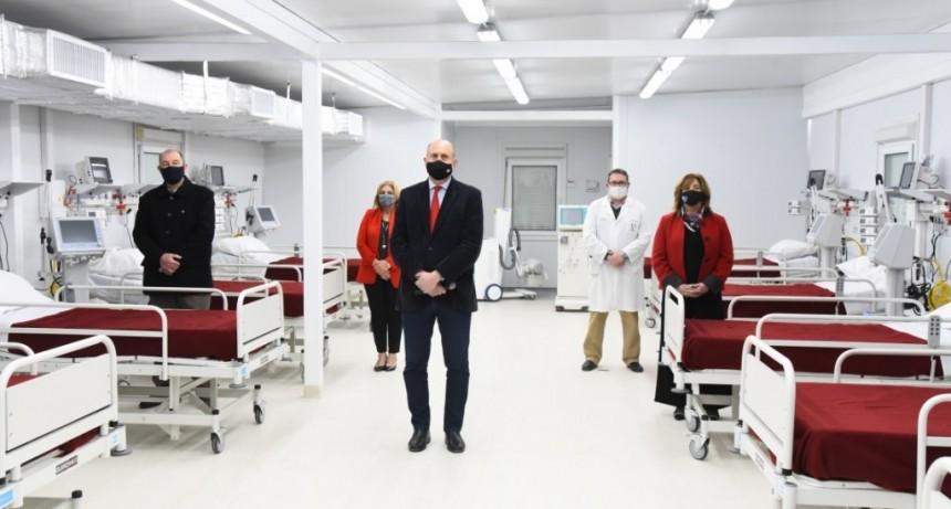 Perotti recorrió el nuevo Hospital Modular de Granadero Baigorria