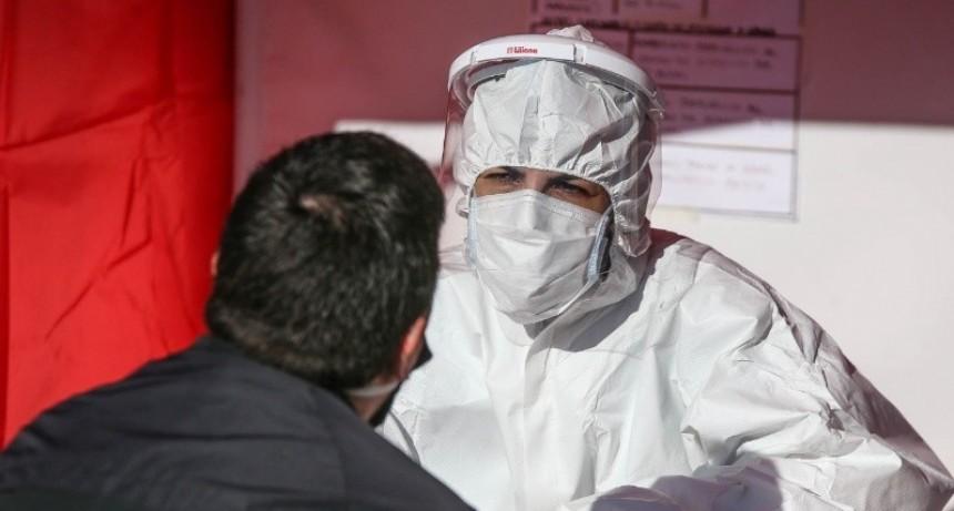 Jornada récord con 40 casos en Rosario y nuevo deceso en la provincia