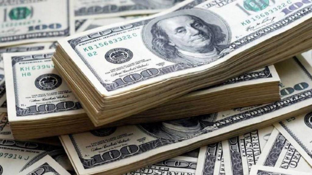 Dólar blue llegó a $189,50 y crece la brecha con el oficial