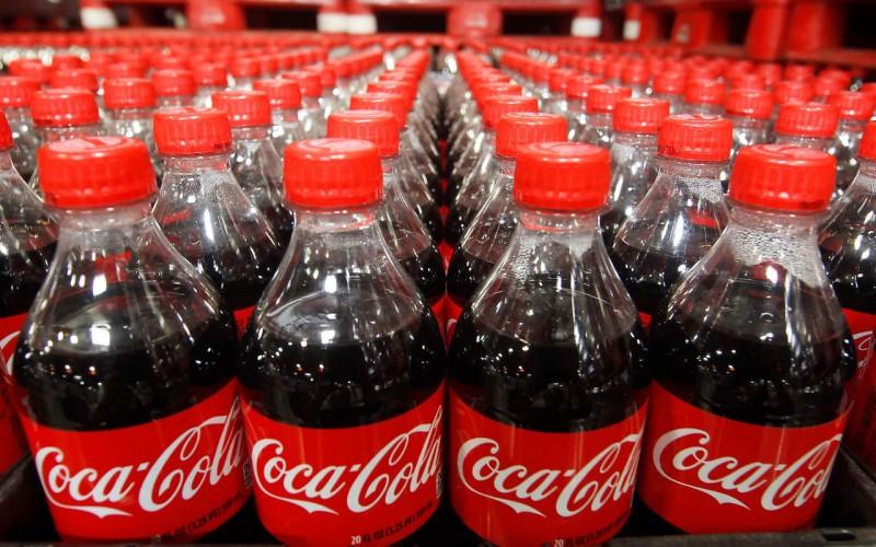 Coca-Cola ofrece 1 millón de dólares al que le resuelva un gran problema