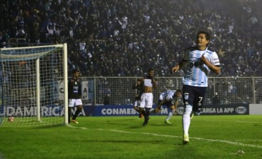 Copa Sudamericana: Atlético Tucumán sigue, Huracán no