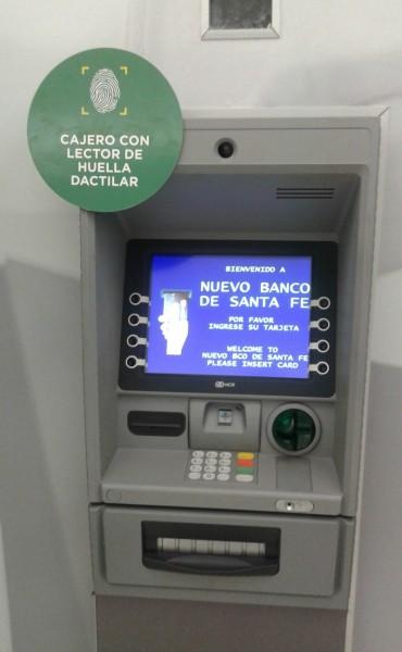 El Banco Santa Fe instaló el primer cajero automático de la provincia con identificación de huellas dactilares