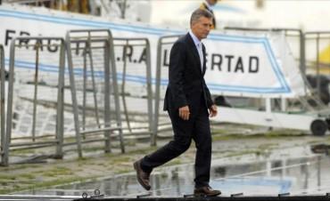 Operaron a Macri de su rodilla derecha
