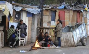 Una familia tipo necesitó $15.025 para superar el umbral de pobreza