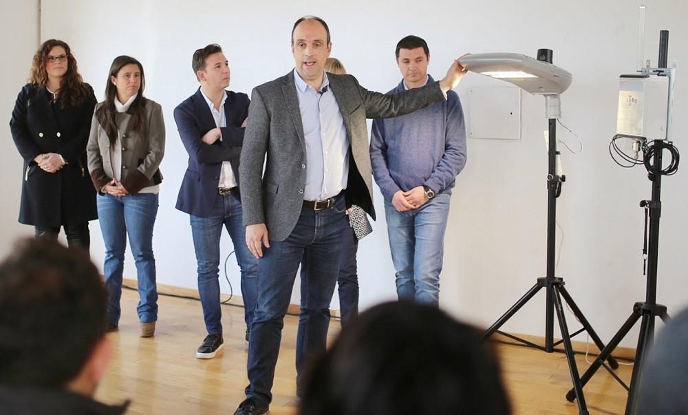 José Corral impulsa el cambio de todas las luces de la ciudad a LED inteligentes