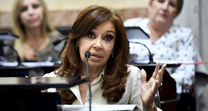 Citan a indagatoria a Cristina Fernández