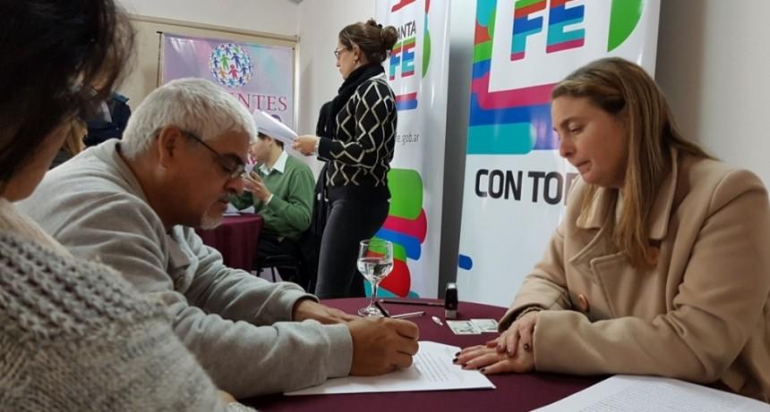 Avanza la escrituración de 45 viviendas en San Lorenzo