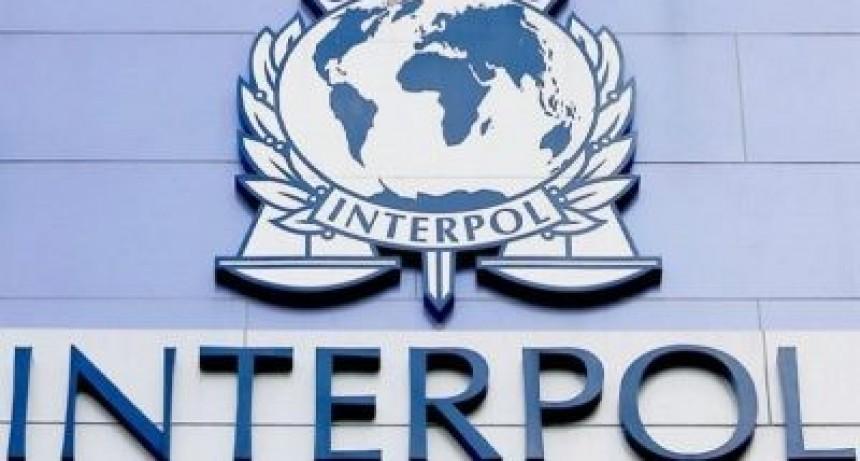 Uno de cada cinco de los delincuentes prófugos más buscados por la Interpol es argentino
