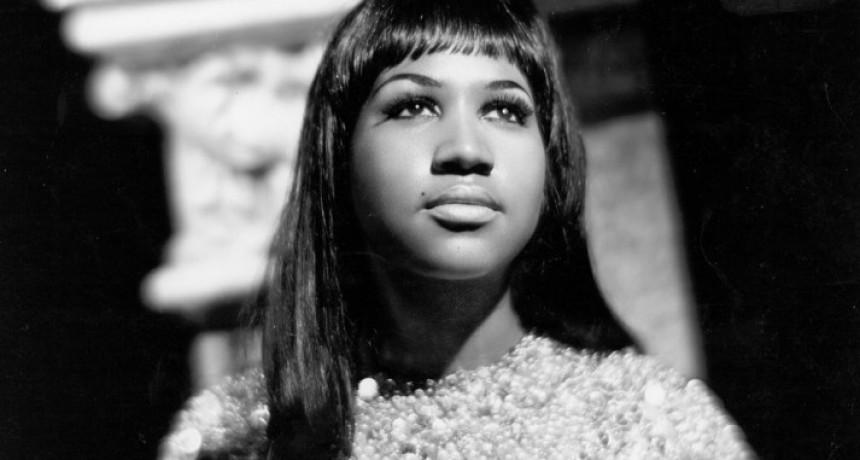 A los 76 años, falleció Aretha Franklin